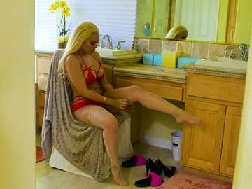 Luna Star in Latin Adultery