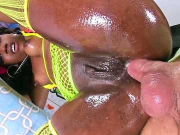 Black queen Skyler Nicole is oiled and fucked up her ass by white member