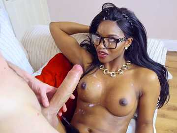 Real estate agent Jasmine Webb seduces Danny D's cock in interracial scene